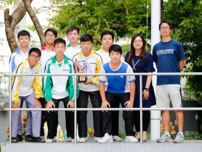 足球隊香港潮屬社團總會國慶盃五人足球大賽勇奪U15銀碗亞軍(足球隊)