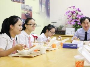 「#WeChat@PoMa」校長與中六生午聚